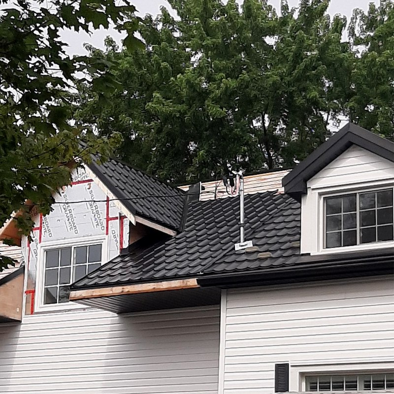 a picture of Metal Roofing in Barrie